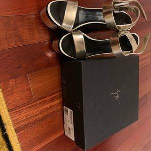 **Authentic** Giuseppe Zanotti Sandals